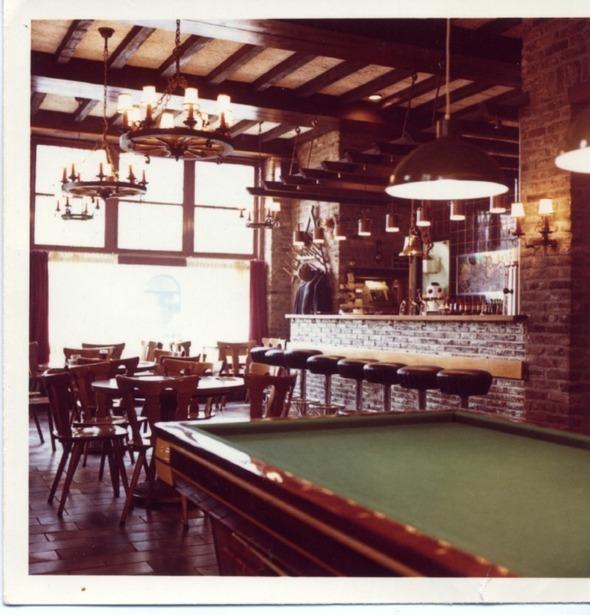 Interieur De Zwaan - jaren 70/80 - Cafe de Zwaan, Maastricht